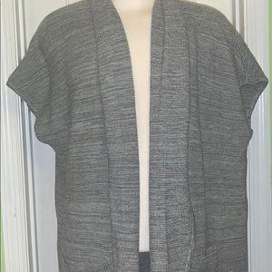 New Concepts New York Cardigan/ sleeveless